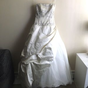 Anne Barge Wedding Gown Ivory Sz 2